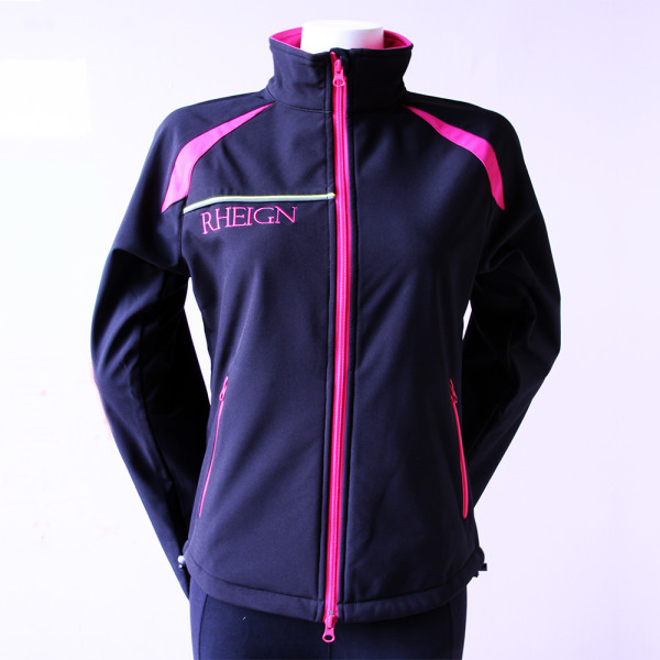 black-softshell-jacket